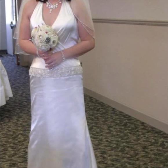 Dresses Size 8 Let Out 2 Inches Wedding Dress Ivory Euc Poshmark